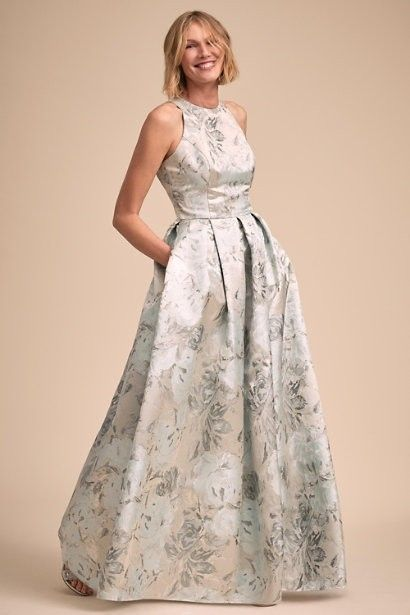 The Ultimate Style Guide For Moms 22 Elegant Mother Of The Bride Or Groom Dresses Brides Mom Dress Bride Clothes Mother Of Groom Dresses