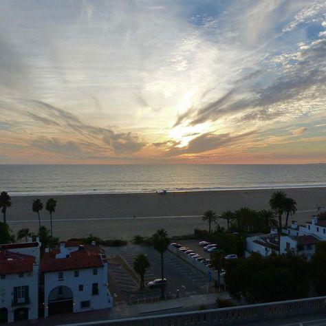 skyview #santamonica #boardwalk...