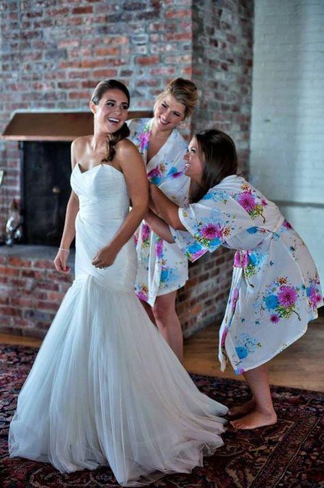 Boyfriend Gifts Luxury Bathrobes Personalized Bride Robe Weddings Cloth Kimono For Girl Chenille Dressing Gowns Diy Bridal Shower Invitation In 2020 Bridesmaid Gifts From Bride Wedding Dresses Uk Cotton Bridesmaid Robes