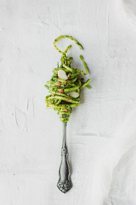 #foodphotography #photography #spaghetti #minimal #minimal #cabbage #perfect #pesto #pasta #peasy #pesto #black #pasta #easy #kaleBlack cabbage & kale easy peasy pesto, perfect for a pasta dish   minimal food photography