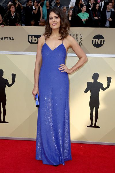 Actor Mandy Moore attends the 24th Annual Screen Actors Guild Awards.