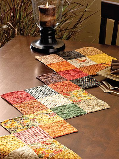 A Collection Of 5 Squares Will Make This Fast And Easy Table Runner Make One For Every Table Runner Diy Quilted Table Runners Patterns Patchwork Table Runner