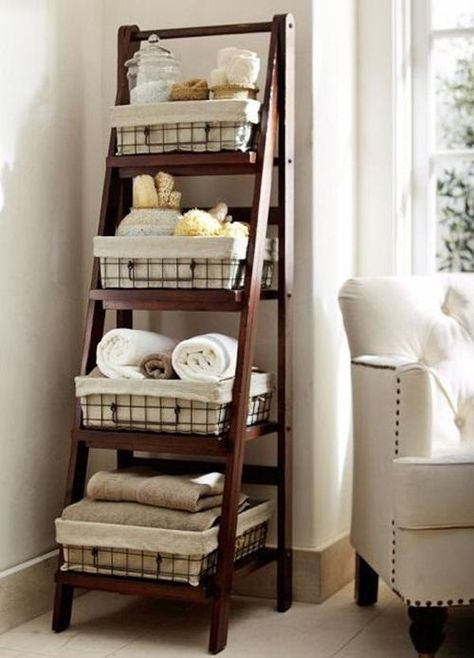 decoración rustica escalera estanteria para baños