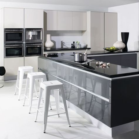 Dark Grey Lacquer Cabinets For A High Gloss Look Handleless Kitchen Grey Kitchen Contemporary Kitchen
