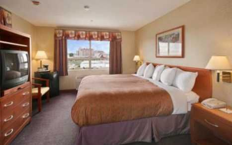 Days Inn Vancouver Airport Places To Stay In Richmond Inn Hotel Branding Vancouver