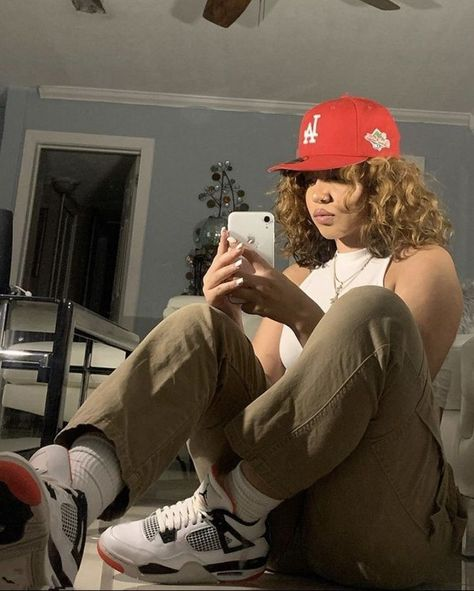 Cute Swag Outfits, Tomboy Outfits, Tomboy Fashion, Teen Fashion Outfits, Dope Outfits, Retro Outfits, Streetwear Fashion, Girl Outfits, Black Girl Fashion