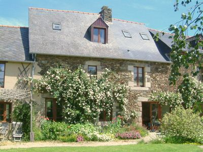 Le Rosier In Cotes D Armor A Cottage In Brittany Holiday Search House Styles Cottage