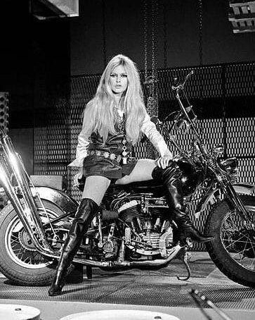 Brigitte Bardot on a Harley Davidson in Paris, 1967. 🏍️ | Harley ...