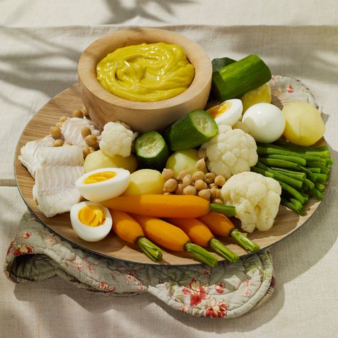 Découvrez la recette Aioli traditionnel sur cuisineactuelle.fr.