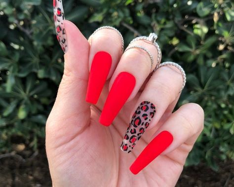 Deep Green Gold Flakes Marble Print Press On Nails Choose Bright Summer Acrylic Nails, Best Acrylic Nails, Acrylic Nail Designs, Leopard Print Nails, Red Leopard, Red Cheetah Nails, Red Stiletto Nails, Fire Nails, Coffin Nails Long