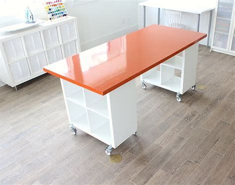 The Best IKEA Craft Room Tables and Desks Ideas - Jennifer Maker - Sewing room - Obtain the most effective ideas for making your own craft table and desks that fit any area and sto - Kids Craft Tables, Craft Tables With Storage, Craft Room Tables, Diy Table, Table Desk, Art Tables, Craft Table Ikea, Porch Table, Diy Porch