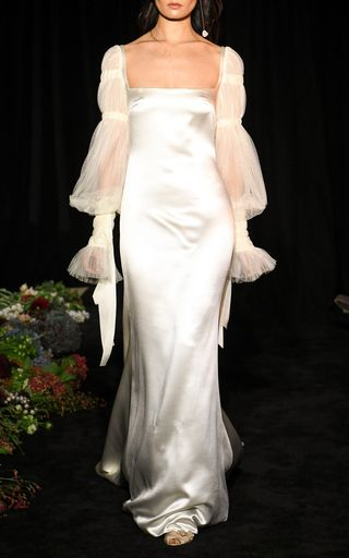 Rose Bouquet Discover Asymmetrical Silk-Satin Slip Dress by David Koma David Koma, Satin Slip, Silk Satin, Robe Silk, Silk Wool, Trendy Fashion, Gothic Fashion, Marie, One Shoulder Wedding Dress