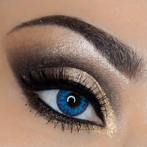 lancomeusa✨ 5 Shadow & Liner Palette in Bronze Amour; accompanied w/ their ARTLINER in Noir and finished off with @Natalie Slaughter Watson USA mascara in Hypnôse (black).  #vegas_nay