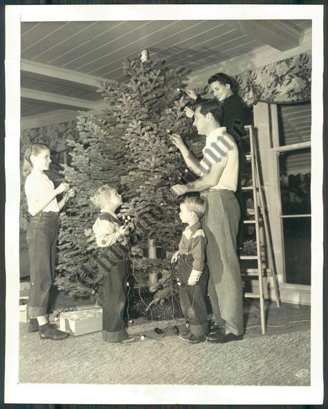 Christmas Tree Miracle Movie: William Holden Actor And Family Christmas Photo