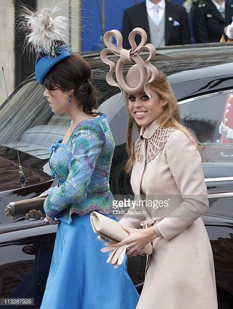 Princess Beatrice Of York With Her Sister Princess Eugenie Of York Arrive To Attend The Royal Wedding Of Princess Beatrice Kate Middleton Wedding Royal Wedding