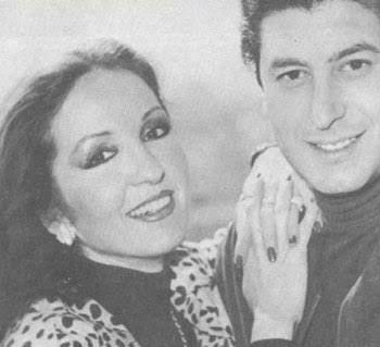 شريهان تعلن وفاة دينا خورشيد زوجة أخيها الراحل عمر خورشيد عازف الجيتار الشهير
