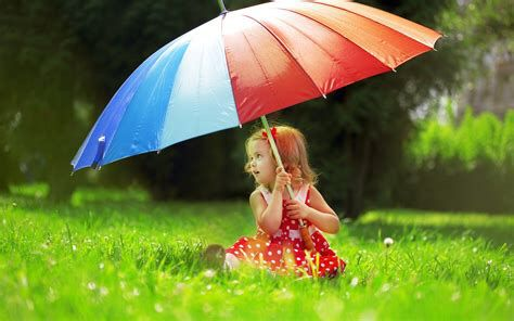 Beautiful Cute Baby Girl With Umbrella Hd Wallpaper Cute Umbrellas Cute Baby Girl Umbrella