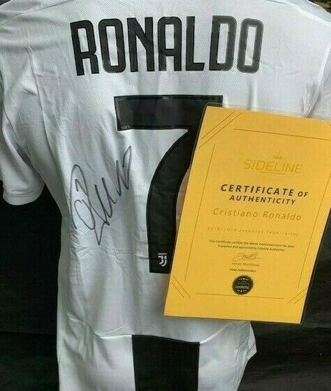 reputable site a371d 7130b Cristiano Ronaldo Signed 2018 / 2019 Juventus Serie A Jersey ...