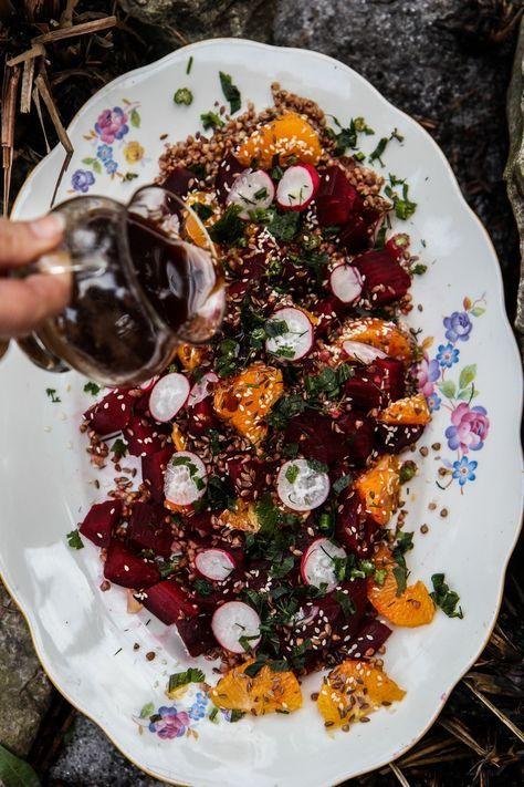 Wegan Nerd Kuchnia Roslinna Pieczone Buraki Z Kasza Gryczana Pomaranczami I Cynamonowym Dressingiem Food Veggies Lunch