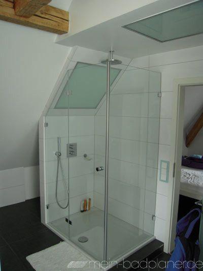 versteckter Badschrank - sehr schöne Dusche in der Dachschräge + - wohnzimmer mit dachschräge