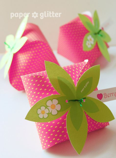 Strawberry Paper favor party box printables PINK by paperglitter
