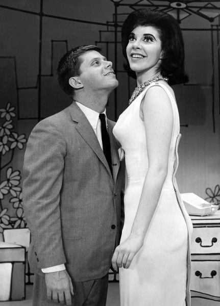 How To Succeed In Business Without Really Trying Original Broadway Production Music Theater Theatre Broadway Musicals