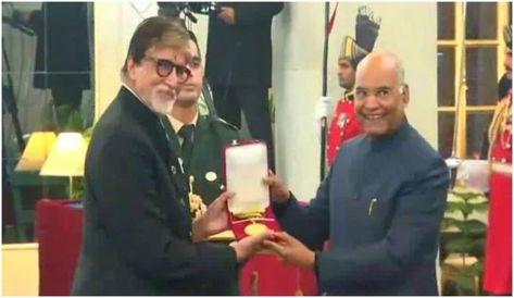 Amitabh Bachchan conferred with Dadasaheb Phalke Award by President Ram Nath Kovind