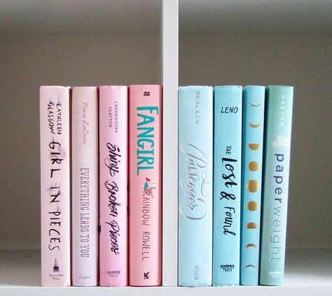 Pretty pastels. Bookstagram ideas