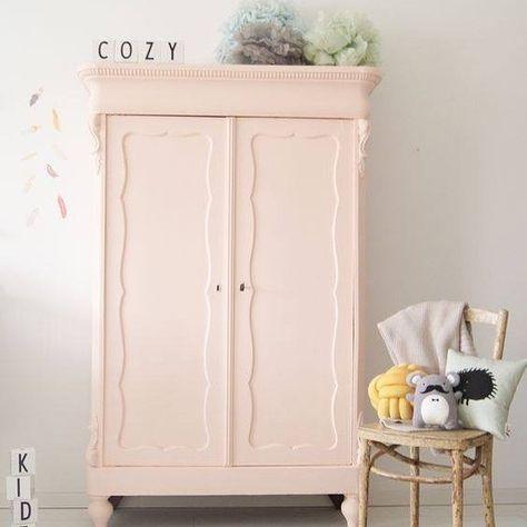 Inspiration déco  Le rose poudré dans une chambre d'enfant... #inspiration #littlemagazine #modernfamily #instapic #enfants #chambre #deco #interior #scandinave #pink #pastel #room