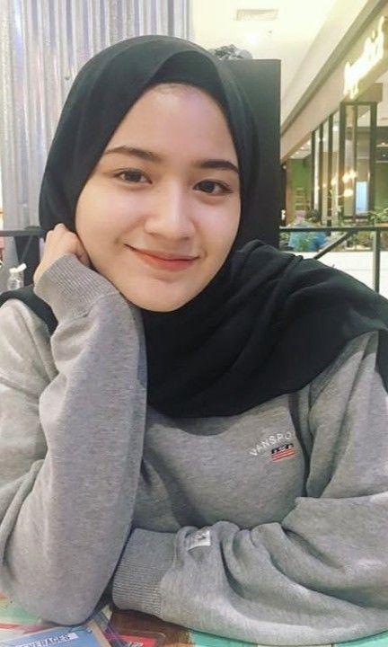 Pin Oleh Rifana Faridhina Di Hijab Gaya Hijab Wanita Wajah