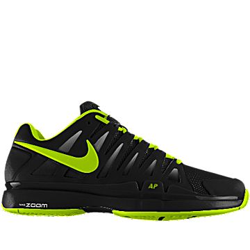 nike tennis shoes hard court