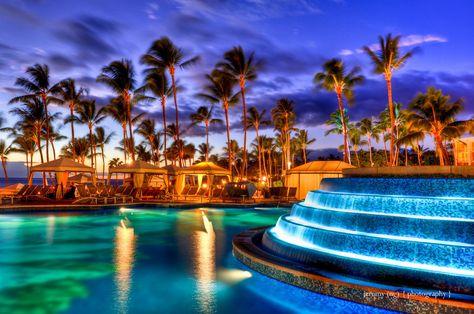 Maui hotel pool view