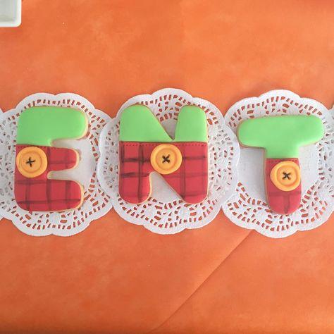 Bing Party  Biscotti a tema #bingbunny per il secondo compleanno di Valentino!  #cakedesign #cakedesigner #cakelovers #cakebaker #ilovecake #ilovecakedesign #instacakers #cakes #cakedecorating #tortedecorate #buttercreamcake #nonsolopastadizucchero #fondantcake #torteapiani #sweettable #sweetideas #sweettableideas #partyideas #babyparty #pastadizucchero