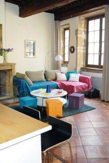Vieux Lyon Gourguillon Un Appartement Meuble De 46 M Avec 1 Chambre Classe 3 Etoiles Ministere Du Tourisme Avec Images Appartement Meuble Meuble Cuisine Americaine