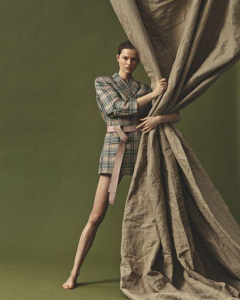 Marco van Rijt for ELLE Denmark with Kasia Struss | Fashion Editorials