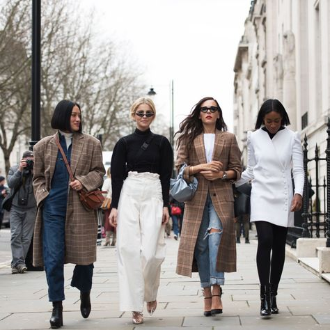 The 45 Top Looks from the London Fashion Week Fall 2018 Street Style Scene — FashionFiles