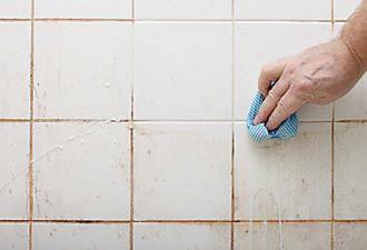 Joints De Carrelage Noircis Le Nettoyant Miraculeux Pour Les Blanchir Facilement Nettoyage Joint De Carrelage Nettoyant Salle De Bain Et Nettoyer Joints Carrelage