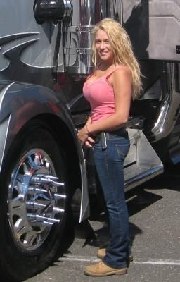 Women truck drivers naked picture 45