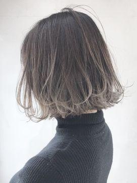2019年春 裾グラデーションボブ 丸みショート無造作カール Ba120261