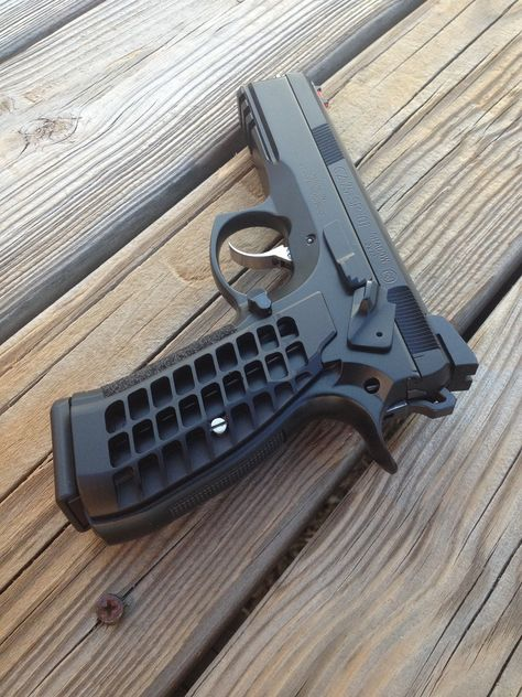 CZ 75 SP-01 Shadow 9x19mm pistol, the CZ 75 is one of the most well known and…