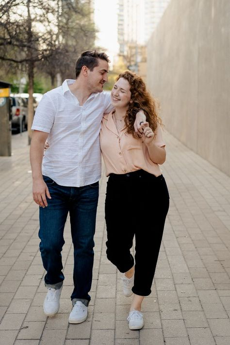 Urban couples photoshoot in the heart of downtown Austin, TX. | Fallon Stovall Photography | #coupleshoot #couplesphotoshoot #engagementshoot #austinphotographer