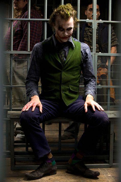 Heath Ledger joker journals emerge (Glamour.com UK)