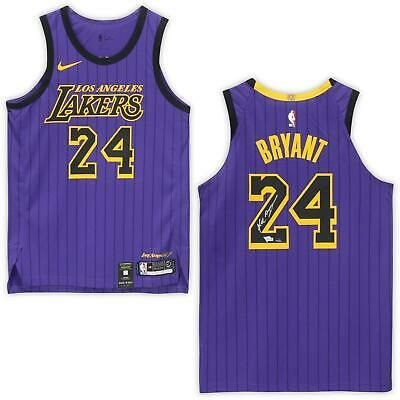 Kobe Bryant Los Angeles Lakers Signed 24 City Edition Authentic Jersey Panini Sportsmemorabilia Autograp Kobe Bryant Kobe Bryant Los Angeles Bryant Lakers