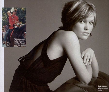 Julia Stiles - juliastiles.free.fr - Pictures - Magazines published in 2004