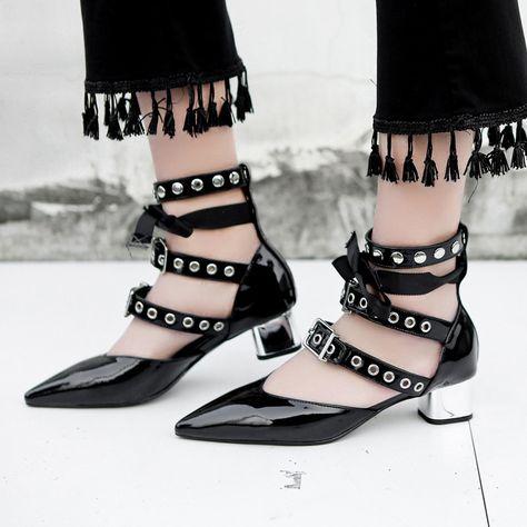 0e7fe3637 Fashion Ladies 2017 New Summer Chunky Heel Roman Sandals
