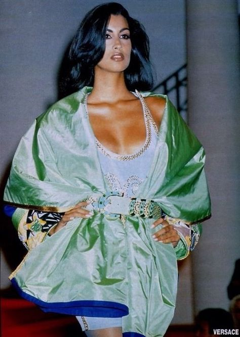 Yasmeen Ghauri for Gianni Versace Haute Couture Atelier, Fall