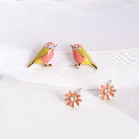 Cute Flower Earrings Birds | Robin Earrings | Little Bird Earrings  Price: 16.49 & FREE Shipping  #fashion #womensfashion #happy #style #nature #animals #girls #beauty #love #womens #flowers #babies