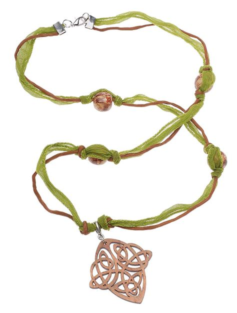Tutorial - Celtic Knot Necklace Project | Beadaholique