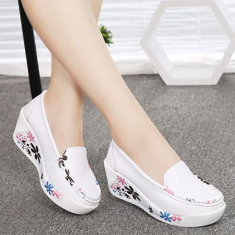 freneci Zapatos de Enfermera de Enfermer/ía Estampados para Mujer Zapatillas de Plataforma Impermeables Sandalias