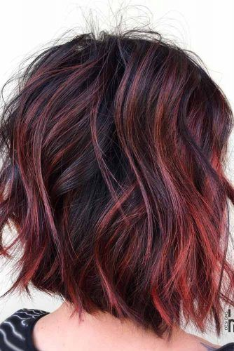 25 Ideas Of Pulling Off Red Highlights To Flame Up Your Base Brunette Hair Color Hair Color Auburn Red Highlights In Brown Hair